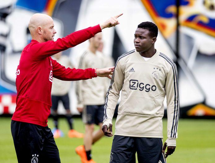 Erik ten Hag gaf Bandé niet een minuut de kans in het eerste van Ajax.