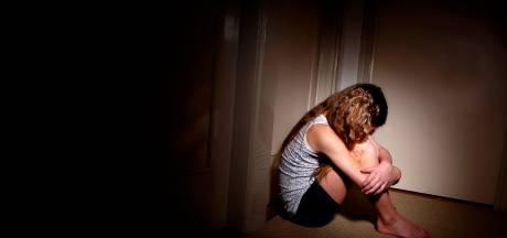Vader vervolgd voor verkrachting zes dochters en kleinkind én mishandeling zoon: proces start 4 juni