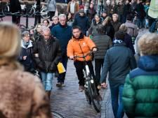En wéér komen er fietskoeriers bij op de Utrechtse fietspaden: 'Het gaat zó vaak bijna fout'