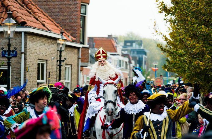 De intocht van Sinterklaas in Maassluis in 2016