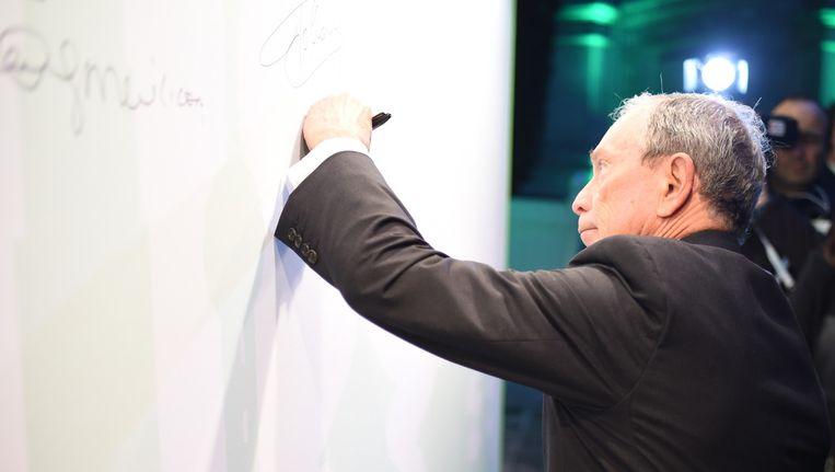 Michael Bloomberg tijdens de klimaattop in Parijs Beeld anp