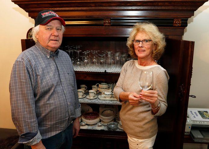 Walter Verlaar en zijn first lady Marijke thuis in Sint Willebrord.