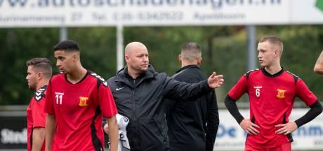 Stephan Quack over nieuwkomers bij  Apeldoornse Boys: 'Werk graag met groep met diverse achtergrond'