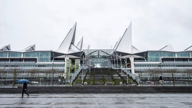"""'Welzijnsonthaal' in Antwerps Vlinderpaleis slaat brug tussen justitie en welzijn: """"Vaak schuilt andere problematiek achter juridisch probleem"""""""