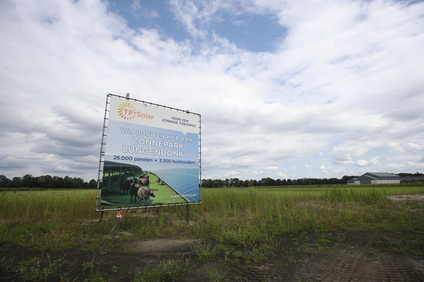 Aan de Lungendonk in Lierop komt een zonnepark met circa 26.000 panelen.
