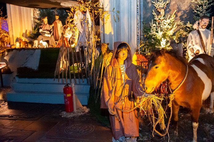 De kerststal in de Sint-Jan werd al snel gesloten.