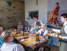 De Lindenboom in Serooskerke: de kaastompouce is niet voor de poes