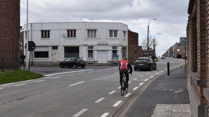 Kruispunt Langestraat met Tweekerkenstraat wordt heraangelegd