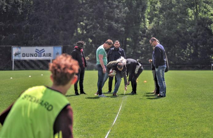Meten is weten op sportpark De Waayenberg.