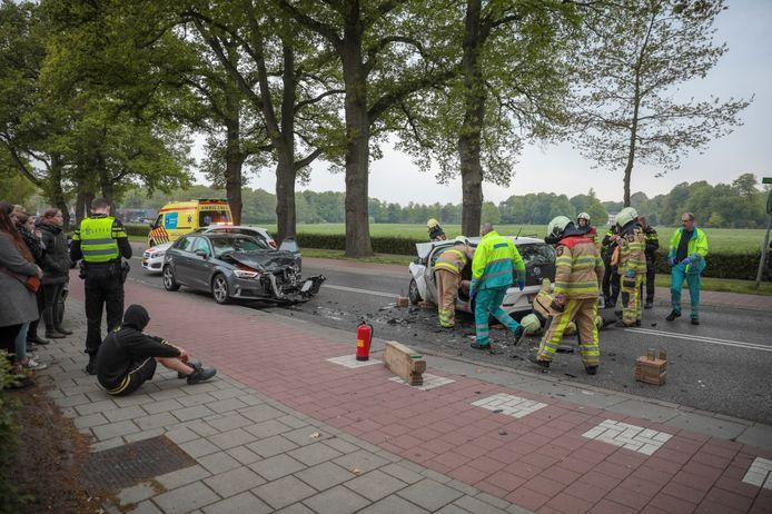 Op de Stationsweg in Ommen heeft woensdagochtend een ongeval plaatsgevonden.