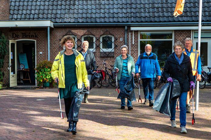 Iedere vierde zaterdagochtend van de maand wordt Gorssel schoongeprikt door een vast groepje vrijwilligers.