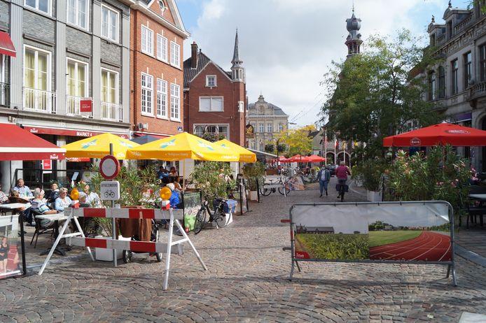 De knip tussen de Kortrijkstraat en de Bruggestraat werd in augustus positief onthaald, maar niet alle handelaars waren er even blij mee.