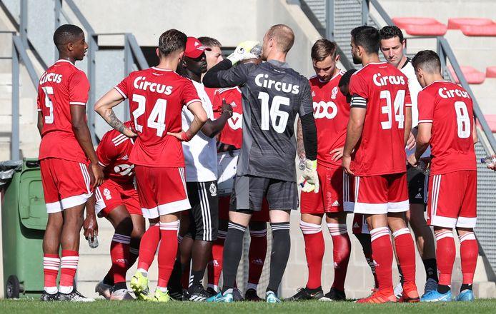 Standard liet twee gezichten zien tegen Rennes