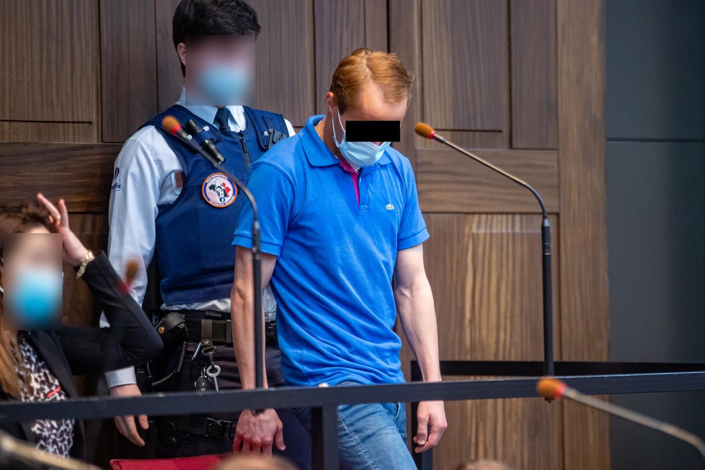 Beschuldigde Alexandru C. in de rechtszaal.  Beeld BELGA