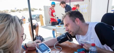 Medische check-up na drie dagen zweten in de Zeeuwse zon