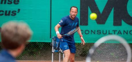 Trainer Dennis Kockx probeert niveau  in Amersfoortse regio op te krikken: 'Maximale uit de tennisjeugd halen'