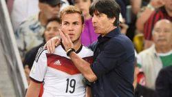 """Win een door Roberto Martínez gesigneerd boek over Joachim Löw: """"Hij is de Guardiola van het landenvoetbal"""""""
