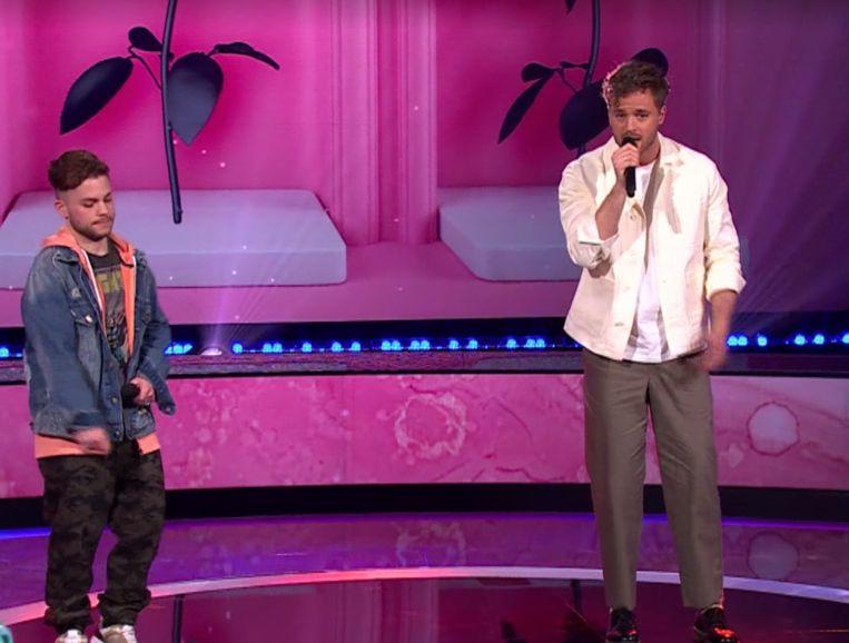 Jim Bakkum en The Pitbull tijdens 'I can see your voice' Beeld RTL4