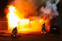 Grote uitslaande brand bij winkelpanden in Oss.