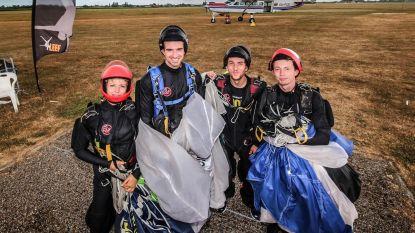 12.000 parachutesprongen in één week bij Skydive Flanders