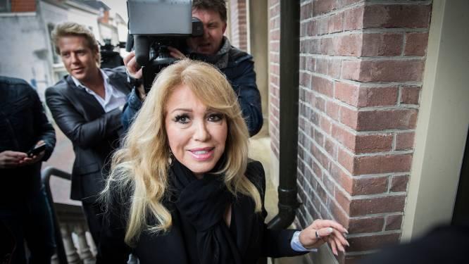 Patricia Paay op jacht naar 4,5 ton: 'Alles is de schuld van GeenStijl'