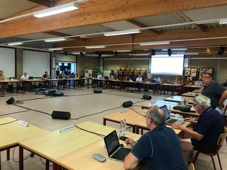 De gemeenteraad in Nijlen kwam voor de eerste keer in drie maanden weer fysiek samen.