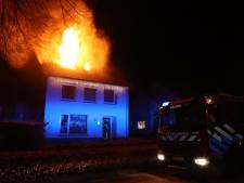 Zolder van woning Haaren verwoest door brand, vader haalt slapende kinderen uit bed