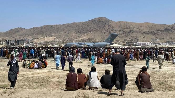 NAVO spreekt van zeker 20 doden tijdens evacuaties vliegveld Kaboel