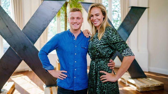 Expeditie Robinson-presentatoren Kaj Gorgels en Nicolette Kluijver.