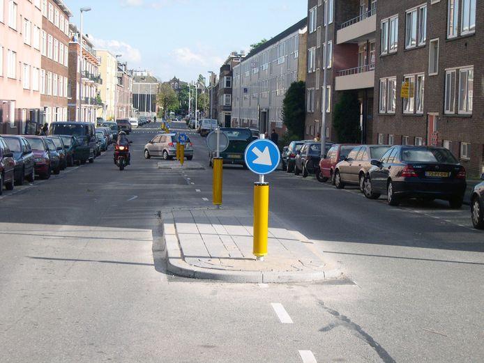 Ook dit is een voorbeeld van een verkeerseilandje (in Rotterdam).