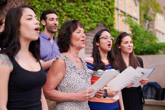 Koor&Stem pakt uit met enkele vocal coaching-sessies.