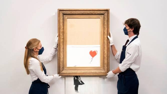 Deels versnipperd Banksy-schilderij geveild voor 22 miljoen euro