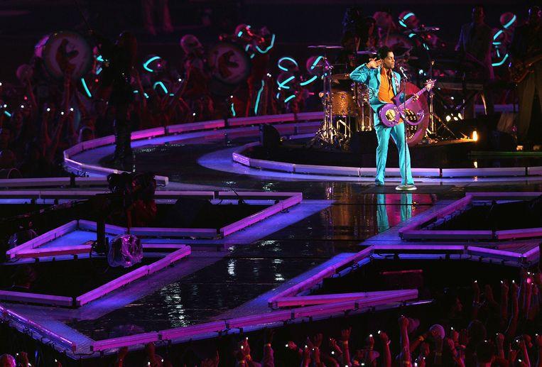 Prince bij de Super Bowl in 2007, in het Dolphin Stadium in Miami. Beeld Getty