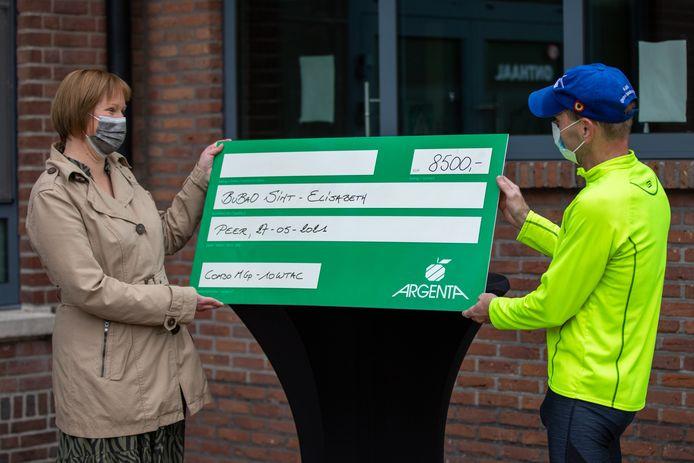 De sponsorloop leverde 8.500 euro op.