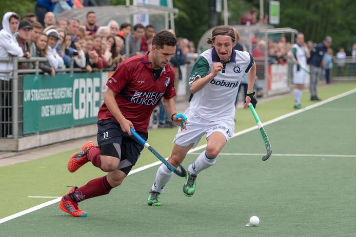 Martijn van Grimbergen in actie voor Klein Zwitserland in de wedstrijd tegen Qui Vive van afgelopen zondag.