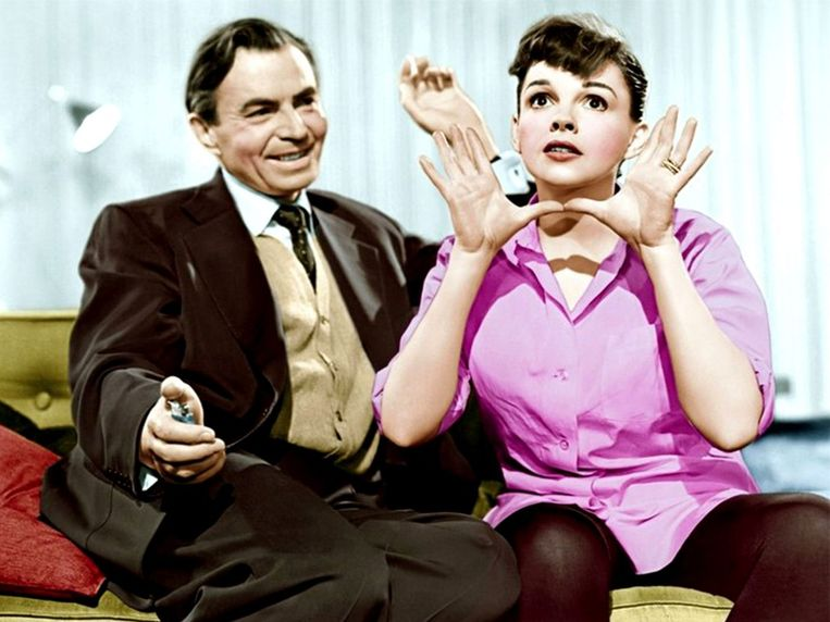 Judy Garland en James Mason in A Star is Born Beeld