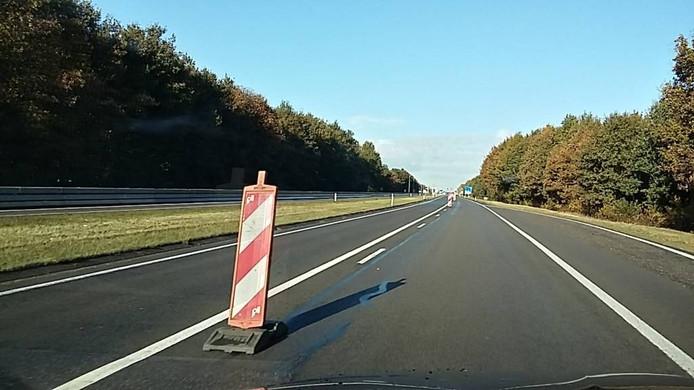 De nieuwe route is gescheiden door baakschilden. Foto DG