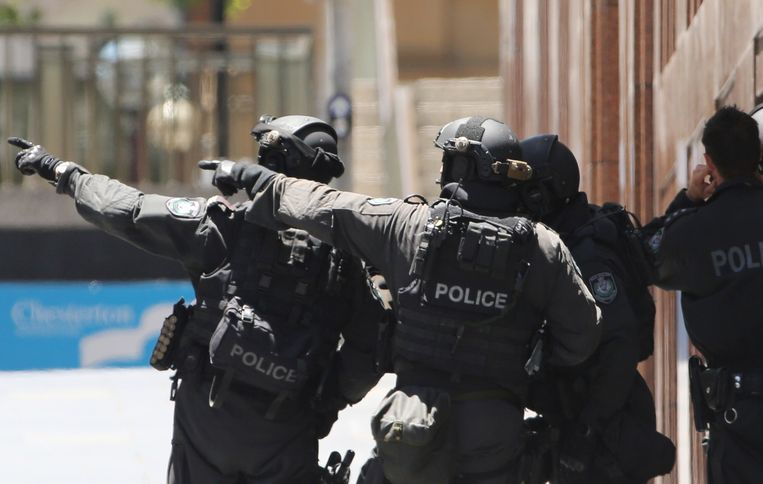 Politie bij Martin Place in Sydney. Beeld ap