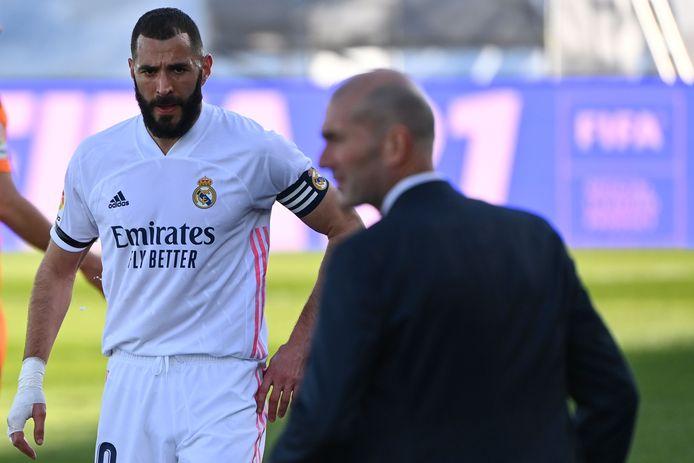 Zinedine Zidane mist maar liefst 9 spelers tegen Atalanta.