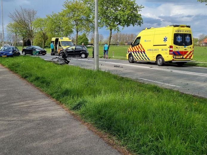 Hulpdiensten bij het ongeluk in Wehl.