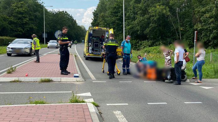 Een bestuurder van een scootmobiel raakte gewond bij een aanrijding met een auto op de Nieuwe Rijksweg bij Ubbergen.