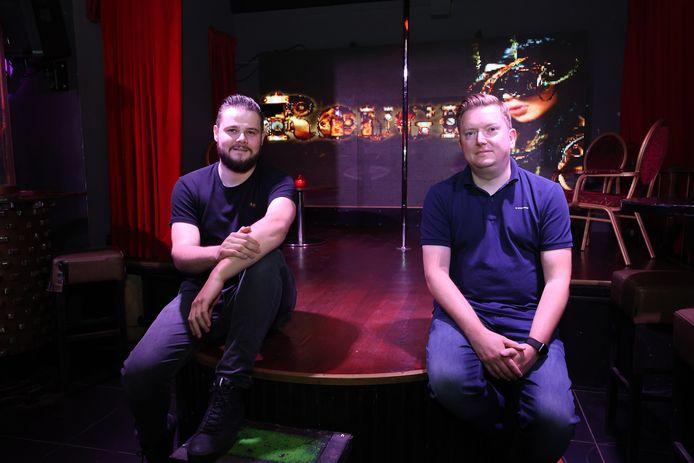 Corado Heldoorn (l) en Jaap Visser in Club Rouge.