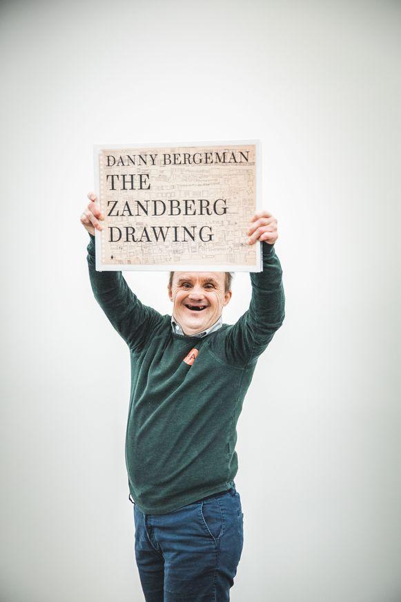 Danny Bergeman, apetrots op zijn boek
