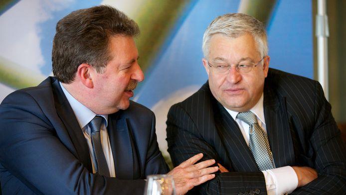 Le ministre-président de la Région bruxelloise Rudi Vervoot et son ministre des Finances Guy Vanhengel