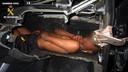 Aan de grens met Melilla vond de Guardia Civil een twaalfjarige jongen in het dashboard van een wagen.