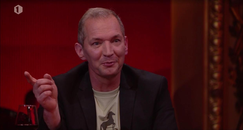 Karl Vannieuwkerke in 'Vive le vélo – leve de Ronde'. Beeld VRT