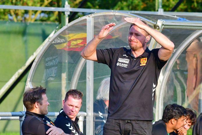 CSV Apeldoorn-trainer Jan Kromkamp.