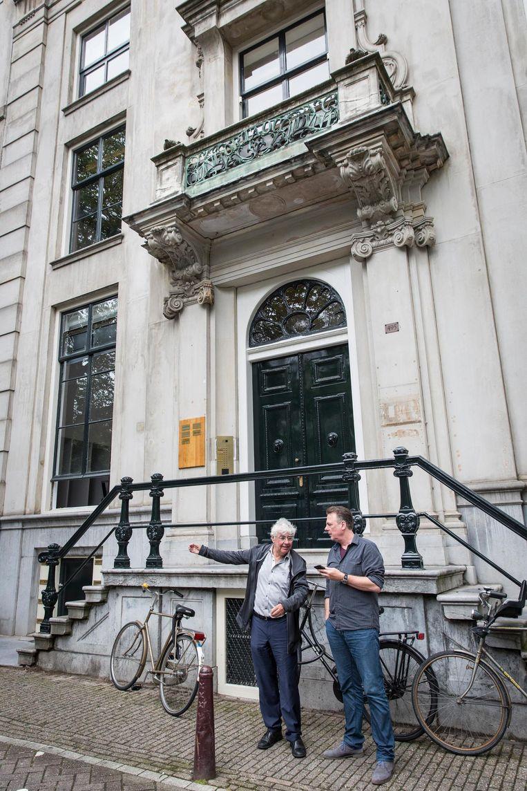 'Ik had zo veel gereisd de afgelopen vijftien jaar... Ik had heel veel zin om weer een Amsterdams boek te schrijven.' Beeld Dingena Mol