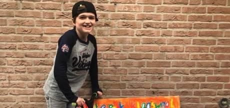 Floris (8) uit Klaaswaal begint petitie voor skatebaan: 'Ik wil met mijn nieuwe stuntstep scheuren'