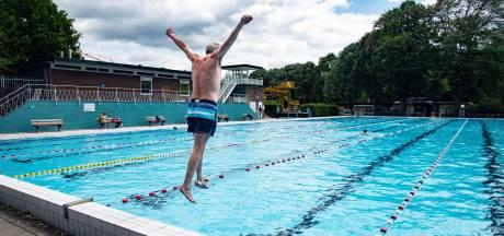 Goffertbad laat iets meer bezoekers toe tijdens hitte, openluchtbad in de middag voor recreatie open
